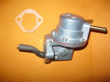 For NISSAN CHERRY N12 1.3,1.5 (1982-86) NEW MECHANICAL FUEL PUMP - QFP146, FP439
